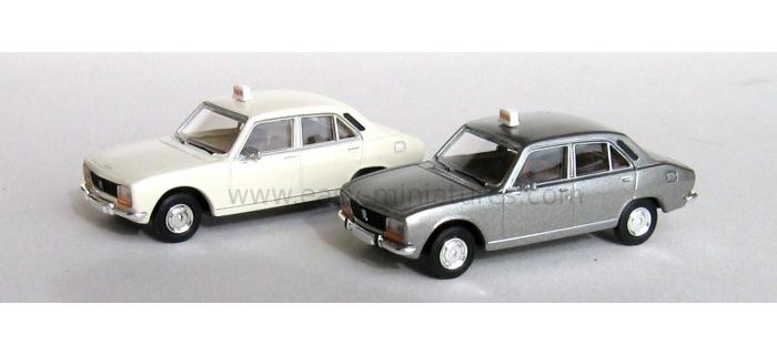 SAI 2095 - Lot de 2 Peugeot 504 taxi, blanc + gris métallisé