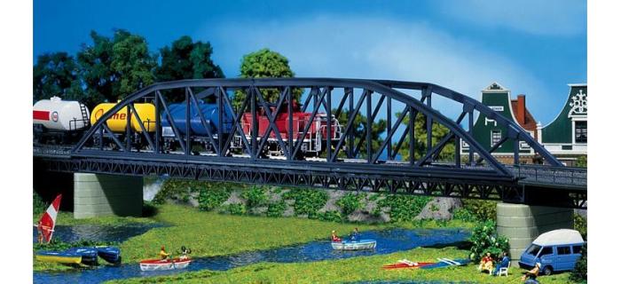 120482 Pont métallique à arche