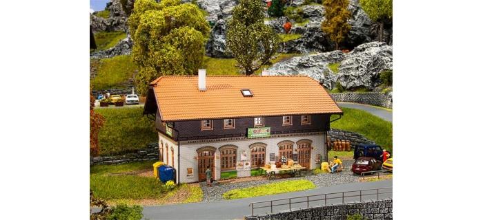 Modélisme ferroviaire : FALLER F130518 - Supermarché rural