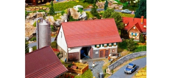 Modélisme ferroviaire : FALLER F130535 - Grande ferme
