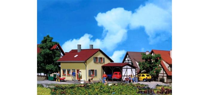 Train électrique :  FALLER F131224 - Maison + abri