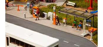 Train électrique : FALLER F180451 - Decoration urbaine
