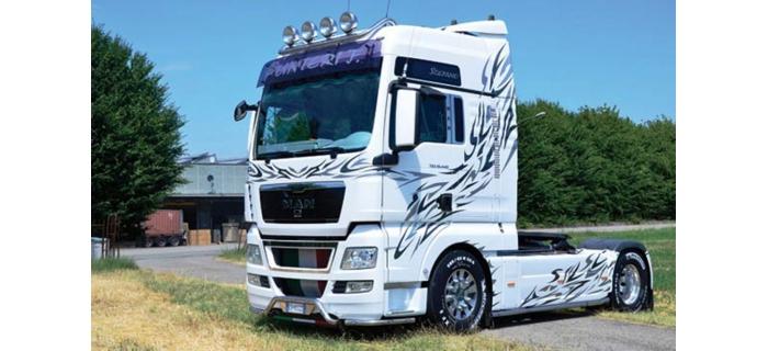 ITALERI I3877 - Cabine de camion MAN TGX XXL