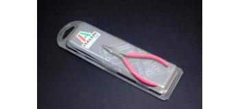 Maquettes : ITALERI I50812 - Pinces à becs longs