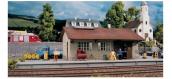 Modélisme ferroviaire :  PIKO PI 61824 - Hangar Bursgtein
