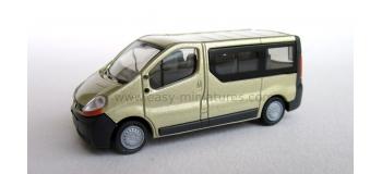 RIETZE 21370 - Renault Trafic Combi, couleur mettalic beige