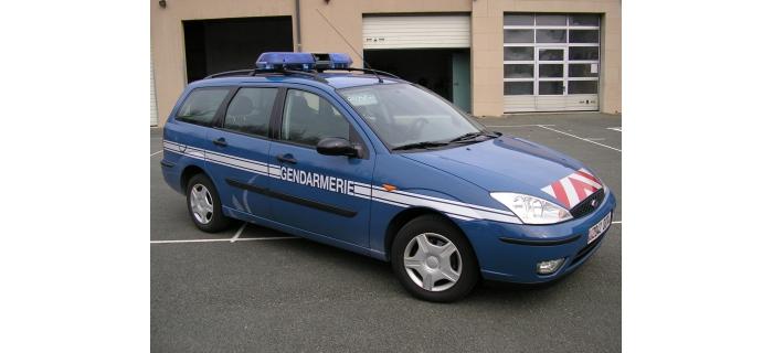 modelisme ferroviaire et diorama rietze 50967 Ford Focus Gendarmerie