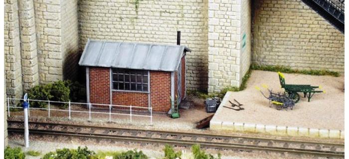 BE0 180 - Cabane de voie ou poste bas