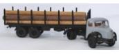 Modélisme ferroviaire : SAI 2581 - Semi-remorque avec tracteur Berliet TLR 8 a gris clair, avec remorque transport de grumes et grumes