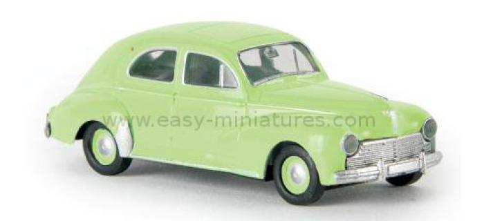 SAI 2506 - Peugeot 203, vert amande - Brekina