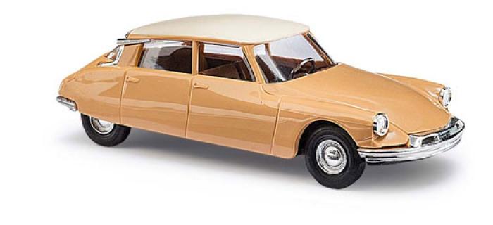 Modélisme ferroviaire : BUSCH BU48022 - Citroën DS brun orange