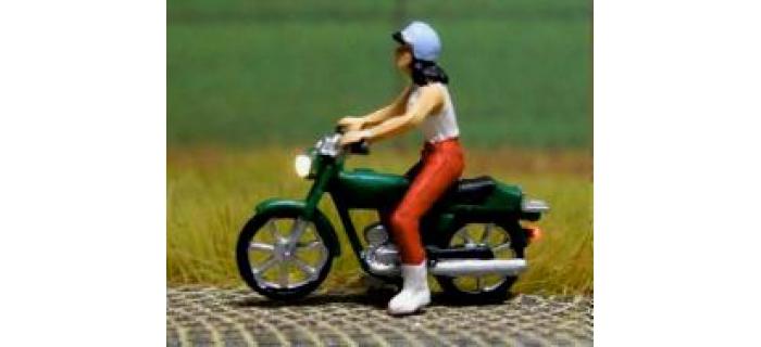 878301 - Moto (avec éclairage fonctionnel) - Easy-Miniatures