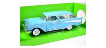 Modélisme ferroviaire : OXFORD OX57001 - Chevrolet nomade 1957 pastel - blanc