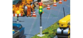F161655 - 2 Feux tricolores avec commutateur - Faller