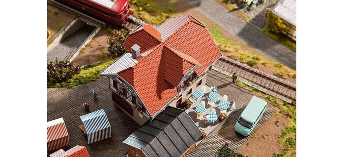diorama F130438 - Auberge Hotel - Restaurant avec terrasse - Faller