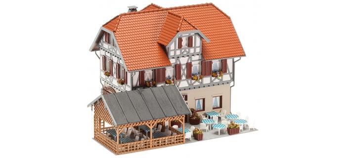F130438 - Auberge Hotel - Restaurant avec terrasse - Faller maquette diorama