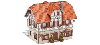 F130438 - Auberge Hotel - Restaurant avec terrasse - Faller train electrique et diorama