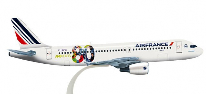 Train électrique : Herpa HER526760 - Air France Airbus A320