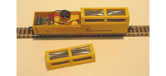 LUX9070 - Wagon nettoyeur aspirateur - LUX-Modellbau
