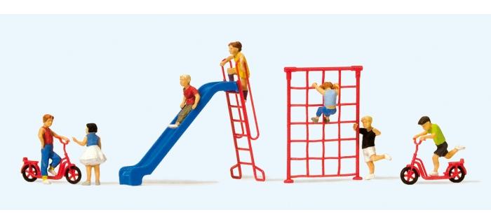 PR10616 - Jeux de plein air avec enfants - Preiser