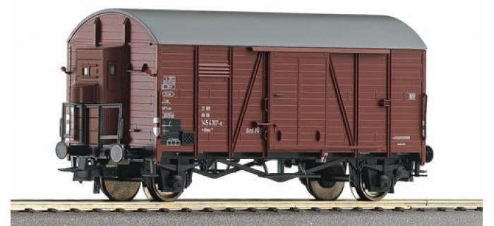 R6688 WAGON COUVERT DB train electrique