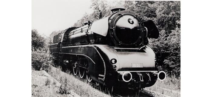 R68191 Locomotive Vapeur BR10 avec son et vapeur