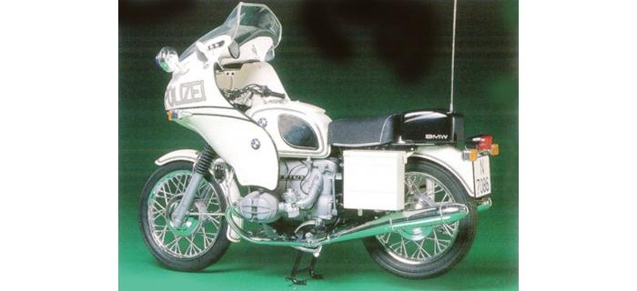 Maquettes : TAMIYA TAM16006 - Bmw R75/5 police