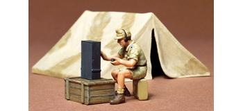 Maquettes : TAMIYA TAM35074 - Tente et radio D.A.K.