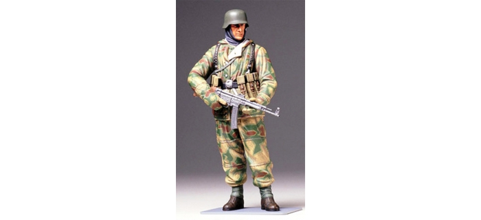 Maquettes : TAMIYA TAM36304 - Fantassin Allemand tenue hiver