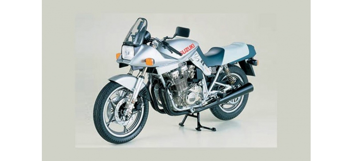 Maquettes : TAMIYA TAM16025 - Suzuki GSX 1100 S katana